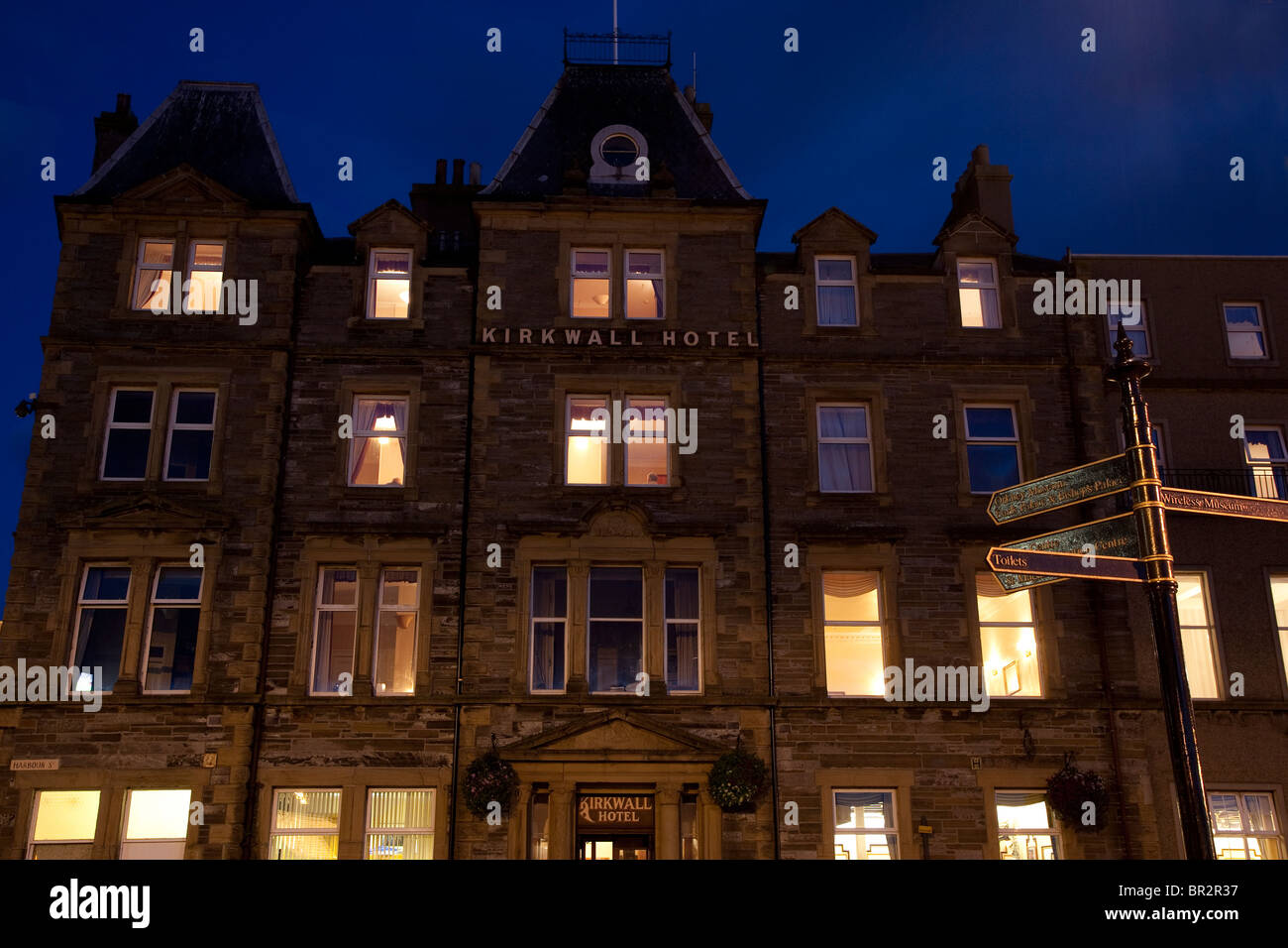 Kirkwall Hotel, Orkney Islands in Scotland Illuminated at Night - Stock Image