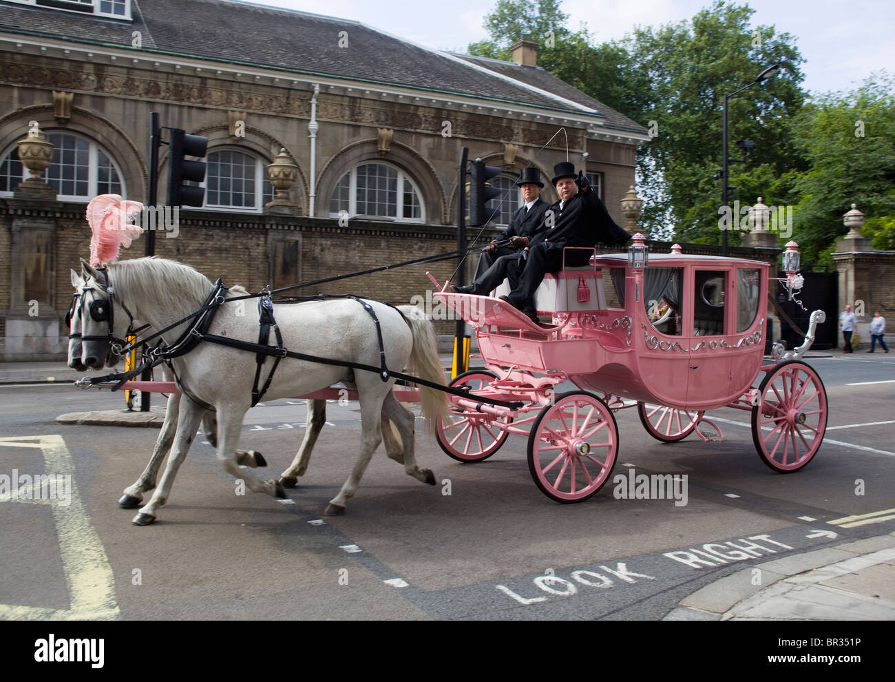 Horse and Carriage London England UK - Stock Image