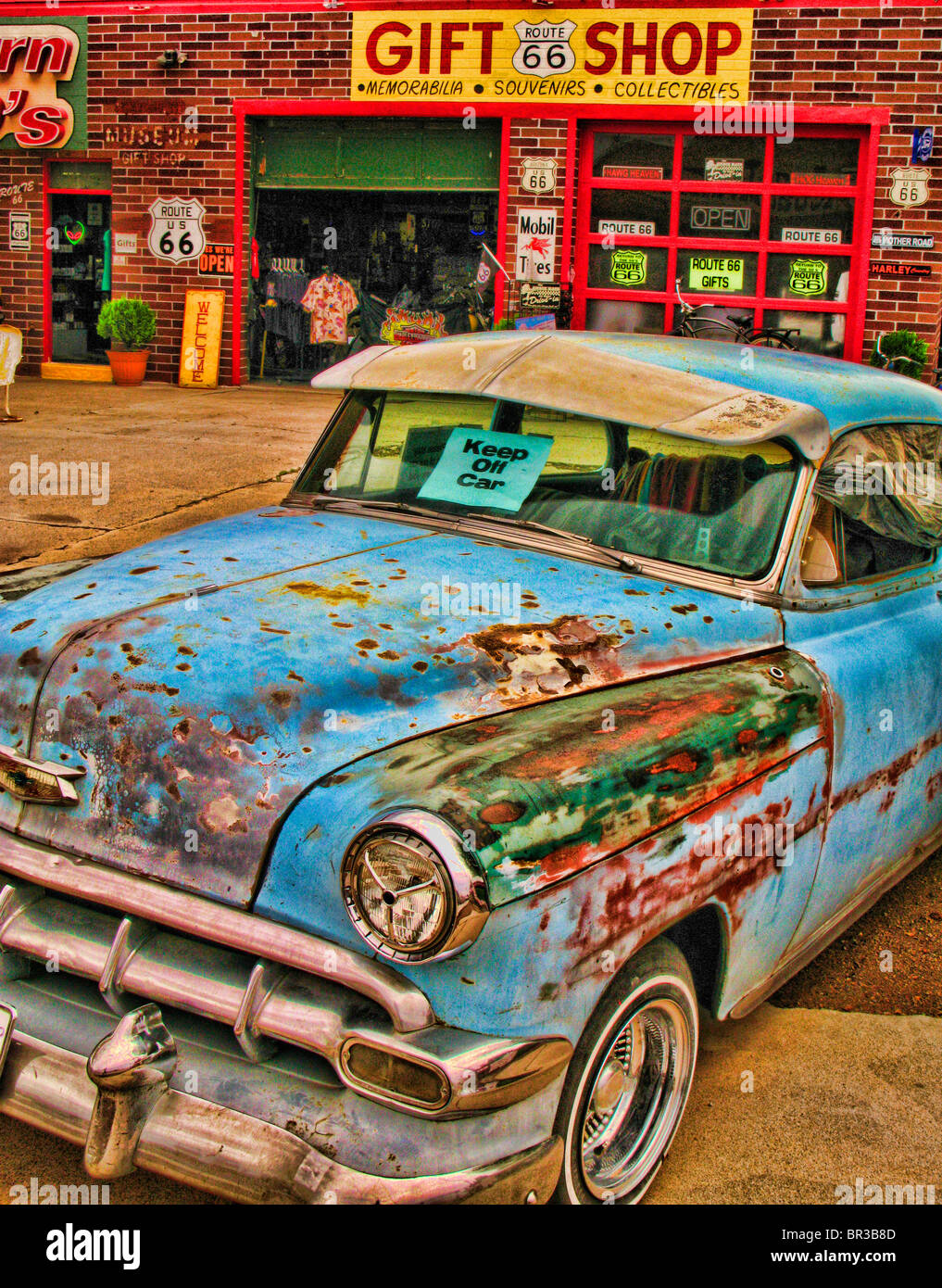 Vintage car on Old Route 66 Stock Photo: 31422173 - Alamy