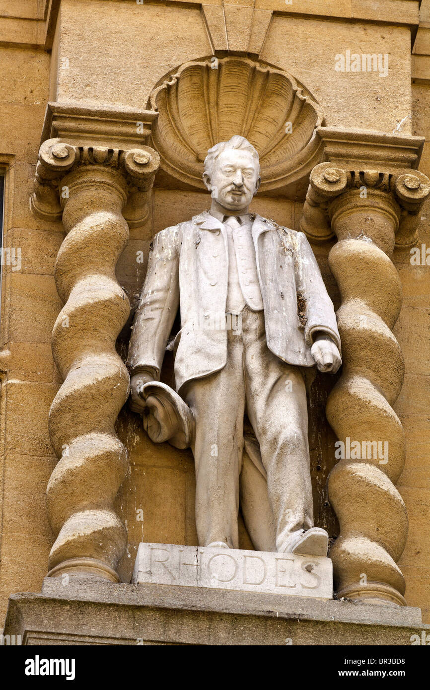 UK Oxford Statue Of Cecil Rhodes - Stock Image