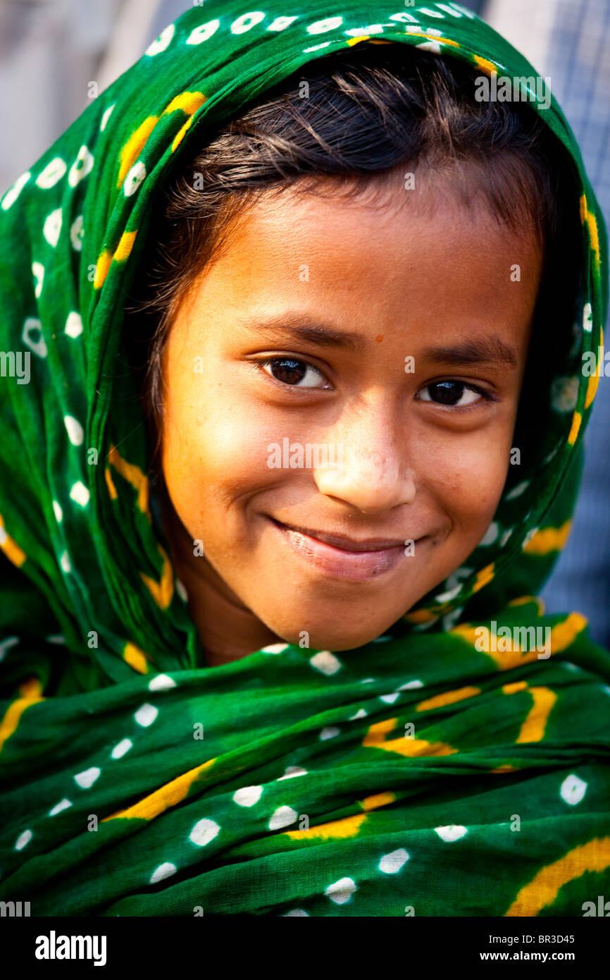 Young Muslim girl in Dhaka, Bangladesh - Stock Image