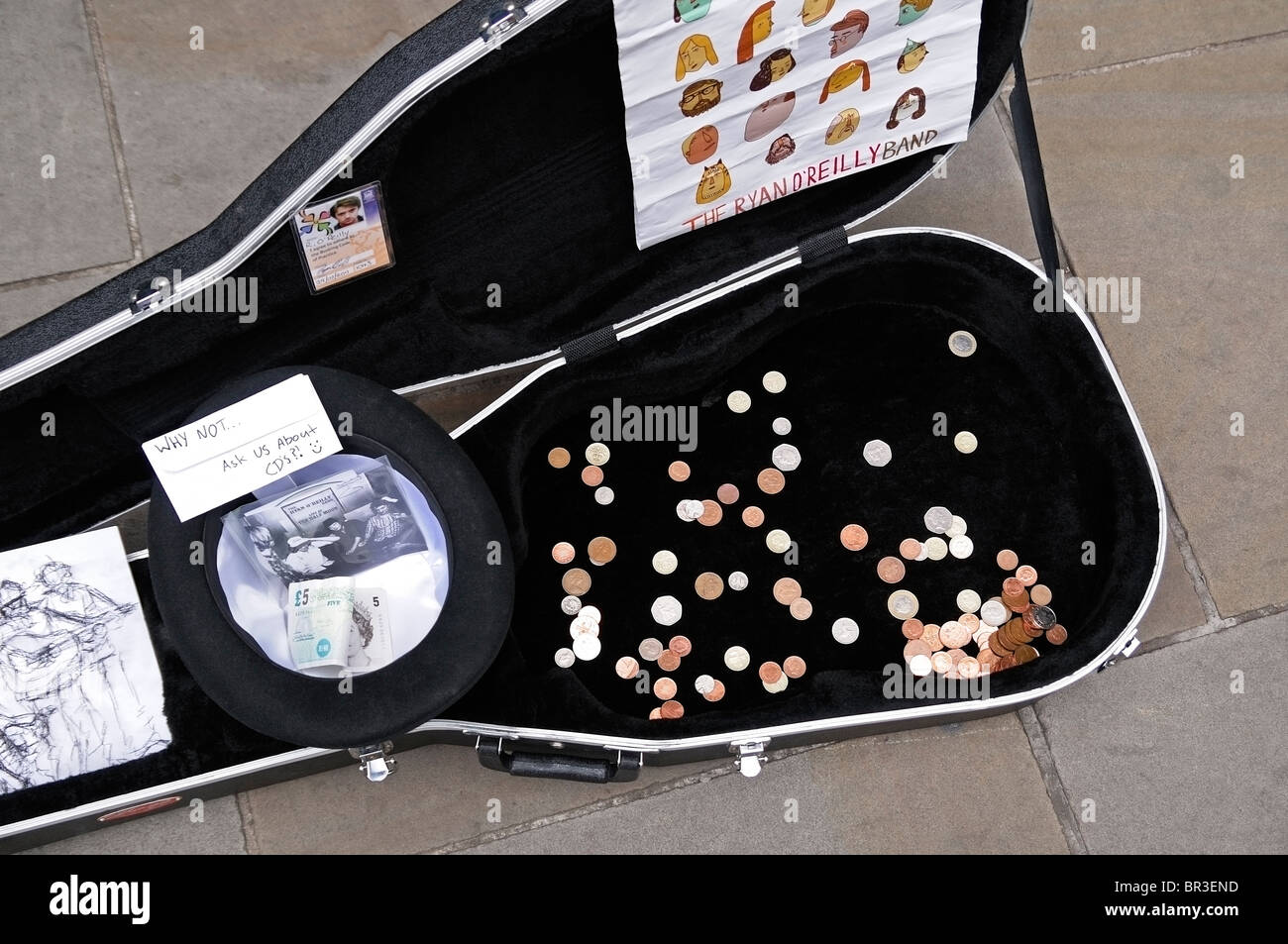 Buskers Guitar Case, Oxford, UK. - Stock Image