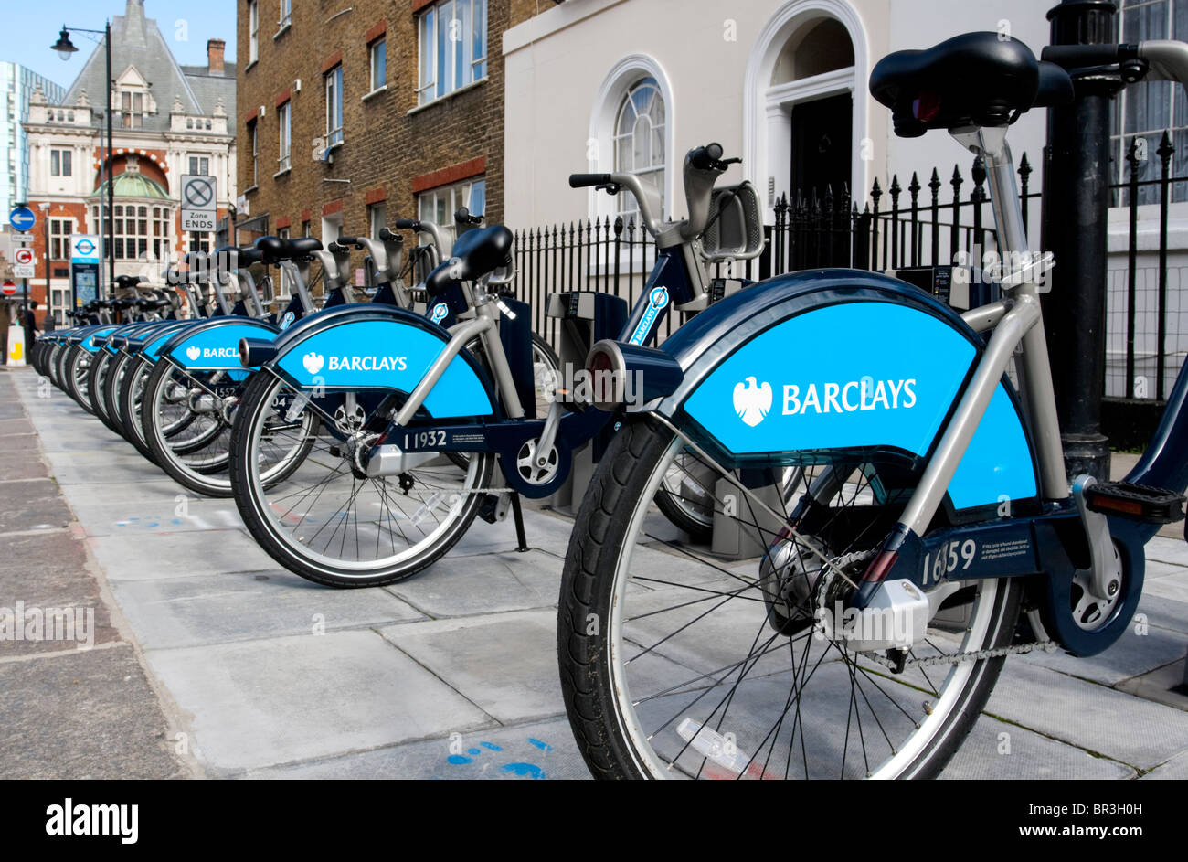 Bicycle docking station as part of the new London's Barclay's bicycle hire scheme, NW1, England, UK . - Stock Image