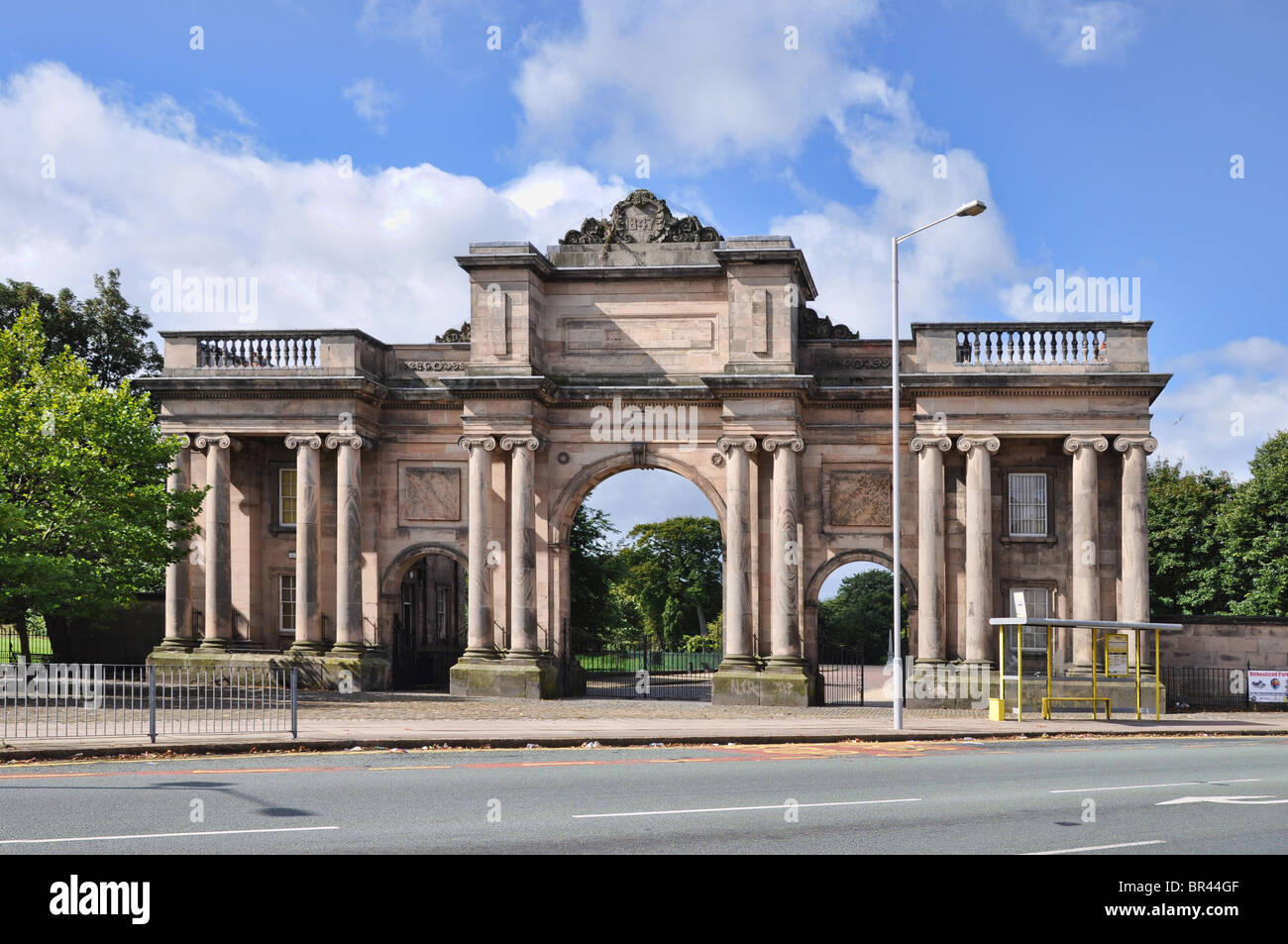 The Grand Entrance is the main entrance to Birkenhead Park. Within the Grand Entrance are the North and South Lodges. - Stock Image