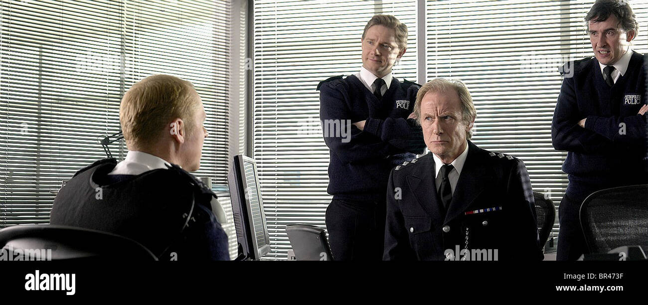 SIMON PEGG MARTIN FREEMAN BILL NIGHY & STEVE COOGAN HOT FUZZ (2007) - Stock Image