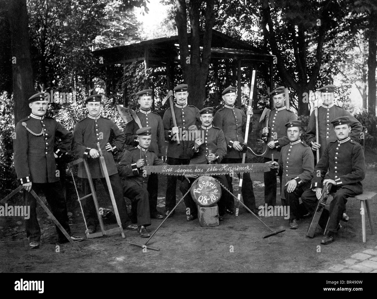 Historical image, reservists with tools, ca. 1908 - Stock Image