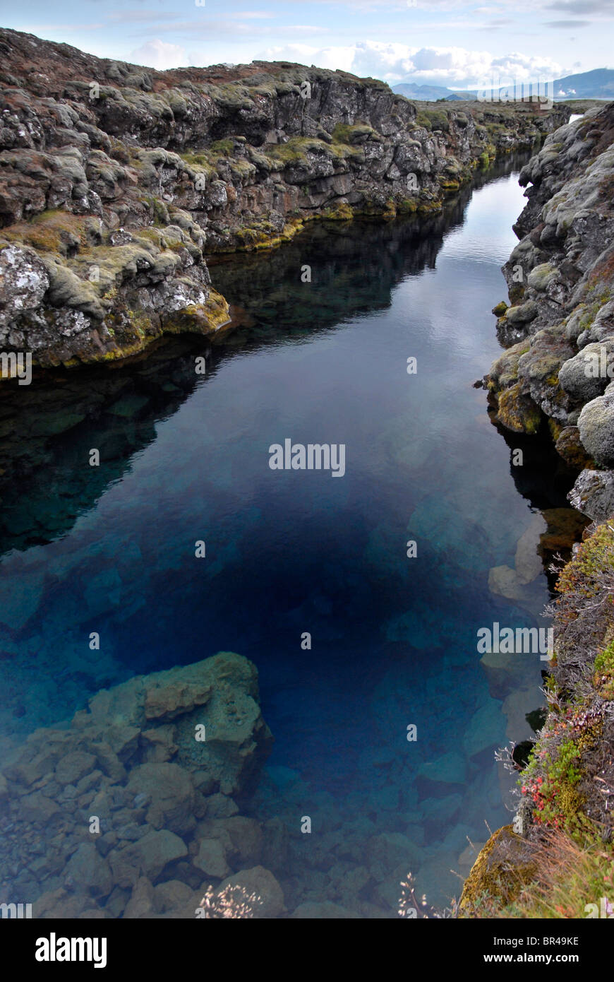 The Silfra fissure, Þingvellir, where the European and American Plates meet. - Stock Image