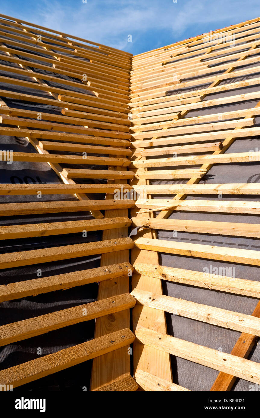 New Bungalow Pitched Valley Roof Construction Showing Softwood