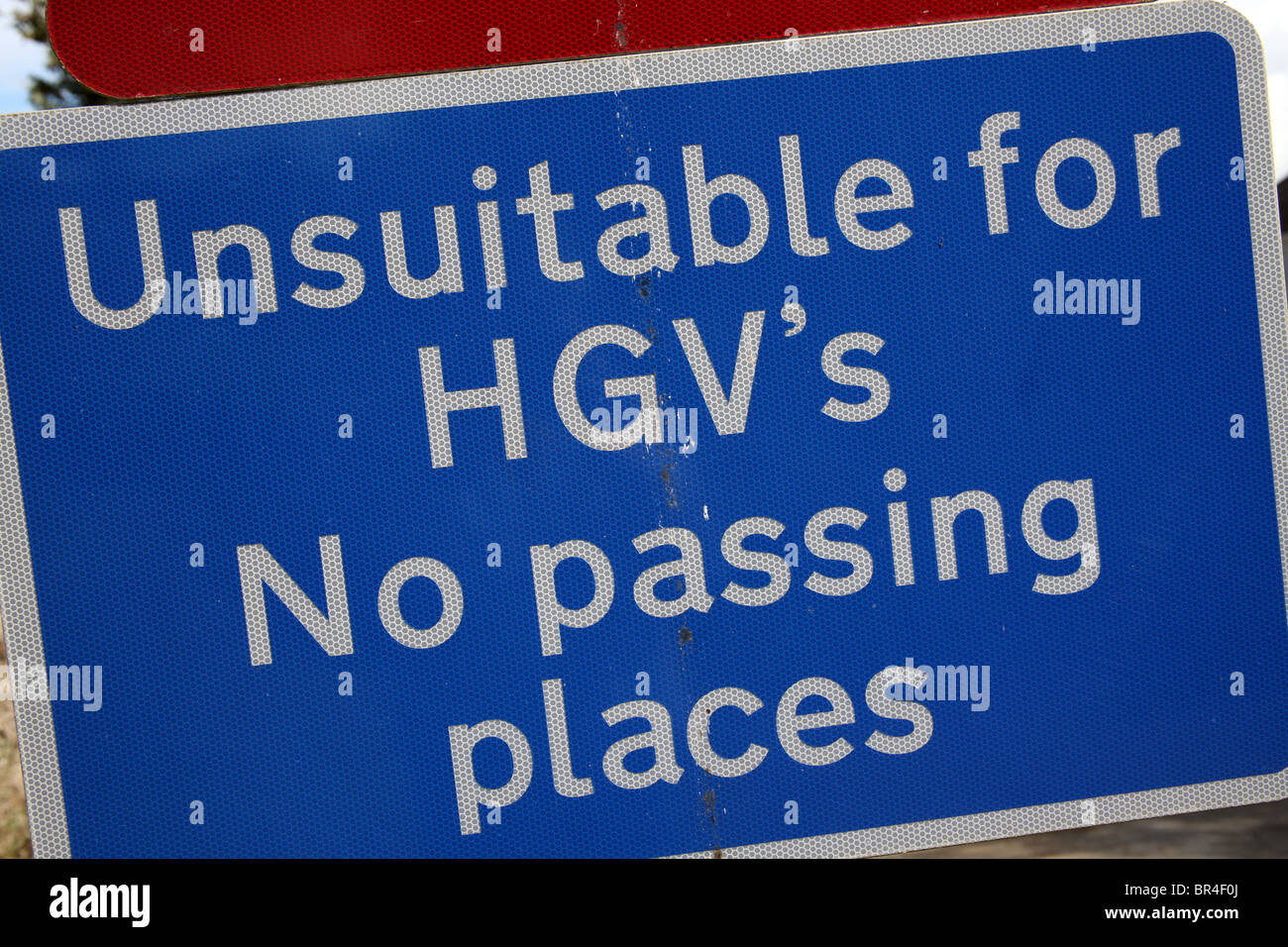 Unsuitable for Heavy Goods Vehicles Sign - Stock Image
