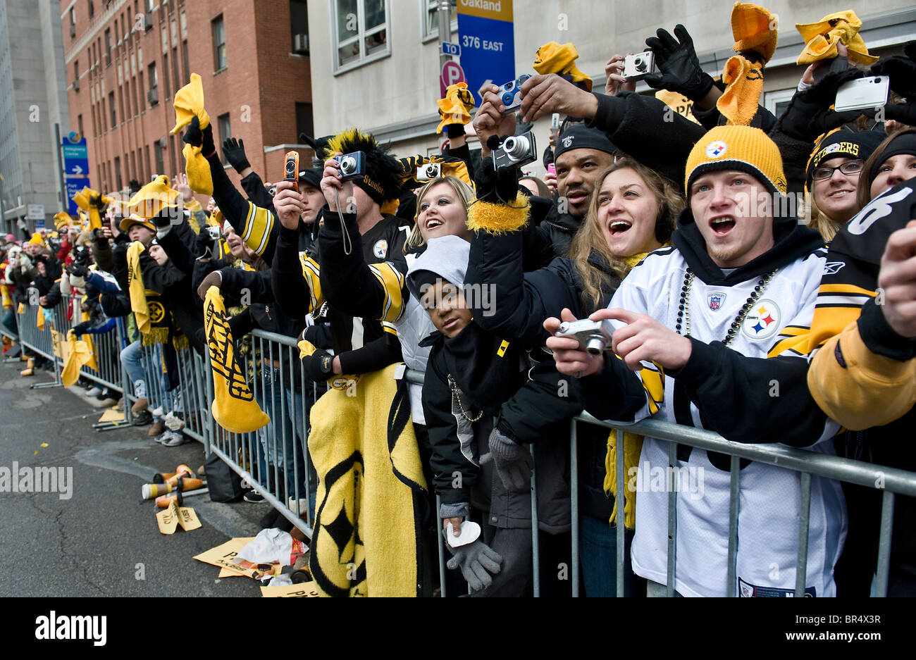 Victory Parade in downtown Pittsburgh to honor the new Super Bowl Champions. 350 thousand fans showed up - Stock Image