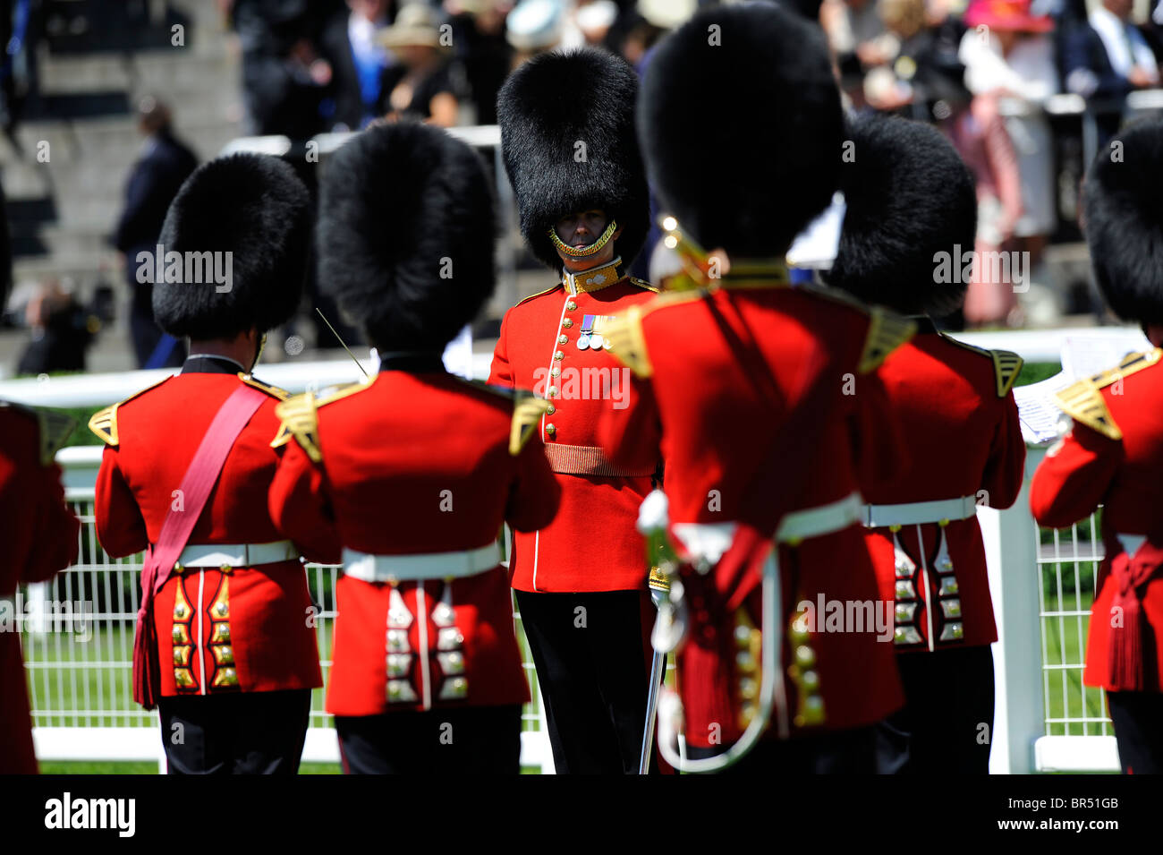 A band plays in the parade ring during day two of Royal Ascot 2010 - Stock Image
