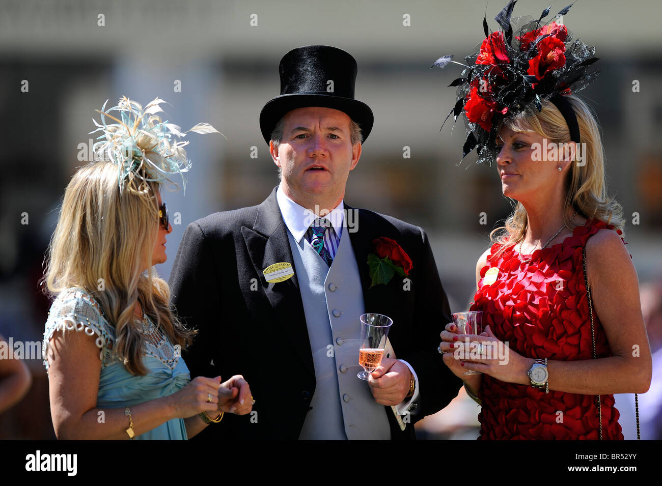 Race goers in the Royal Enclosure during day two of Royal Ascot 2010 - Stock Image