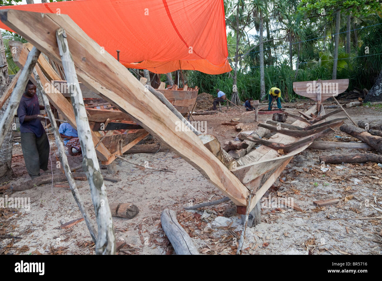 Nungwi, Zanzibar, Tanzania. Keel of a Dhow Under Construction, Boat Building. - Stock Image