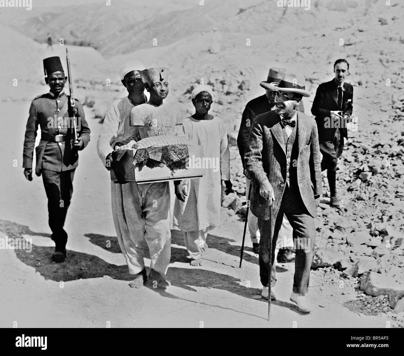 Howard Carter discovered Tutankhamun's tomb in the Valley of the Kings, near Luxor in Egypt in November 1922. - Stock Image
