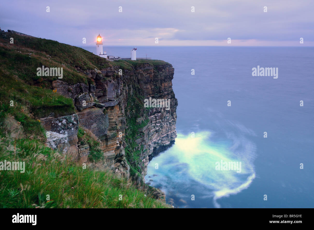 Dunnet Head lighthouse (the mopst northerly point in mainland Britain), Caithness, Scotland - Stock Image