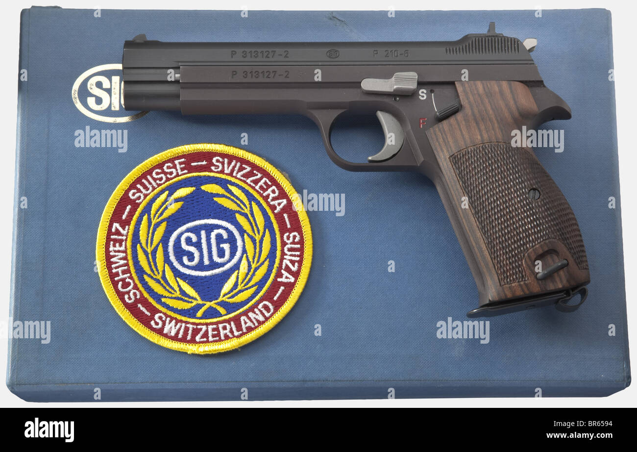 A SIG mod. 210-6, sports pistol, in cardboard box, special series, cal. 9 mm Parabellum, no. P313127-2. Matching - Stock Image