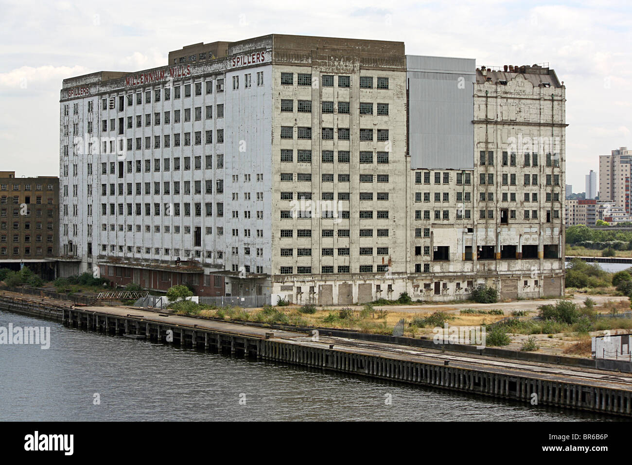 Spiller's Millennium Mills, Silvertown, Docklands, London. - Stock Image