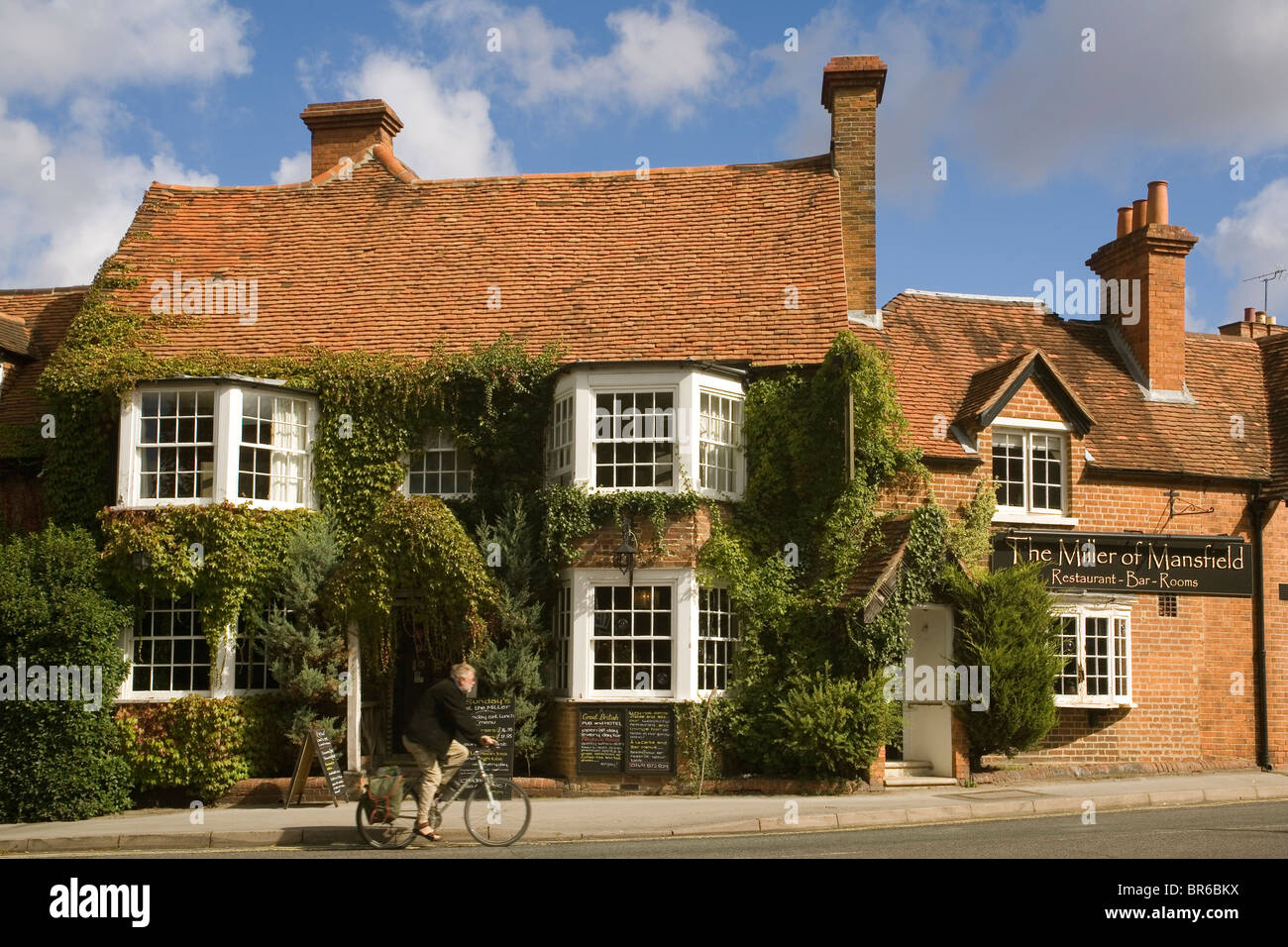 England Oxfordshire Goring Miller of Mansfield pub - Stock Image
