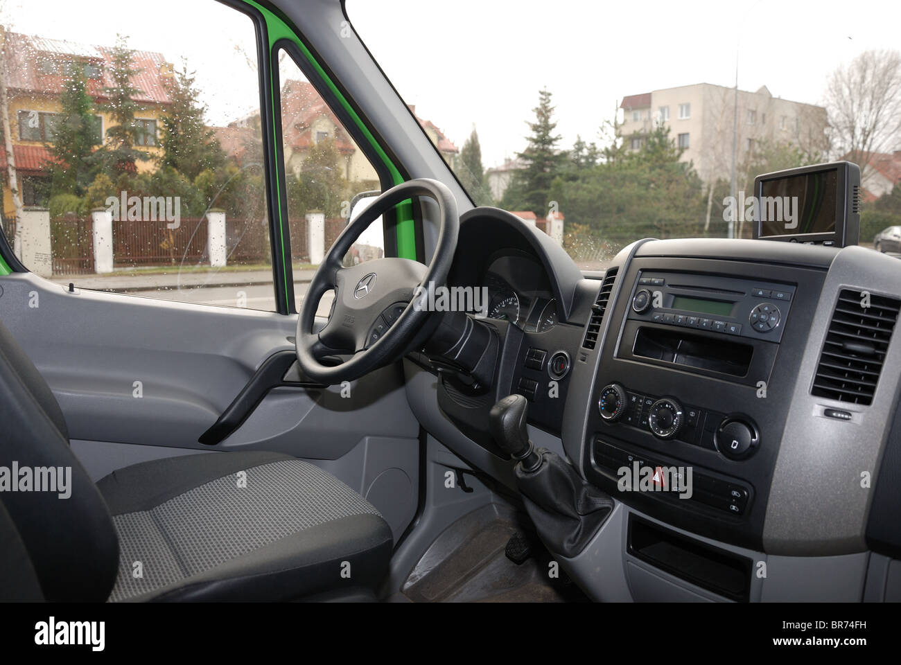 c0f60c1a5e Mercedes-Benz Sprinter 260 CDI Van - green - L3H2 - German MCV ...