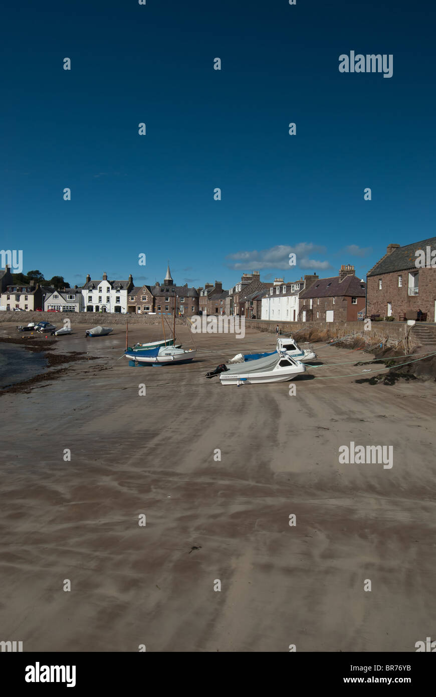 Beach at Stonehaven Harbour Aberdeenshire Scotland UK - Stock Image