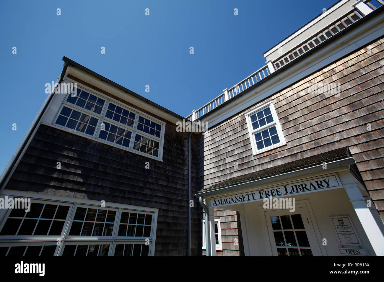 The public library in Amagansett in the Hamptons on Long Island New York - Stock Image