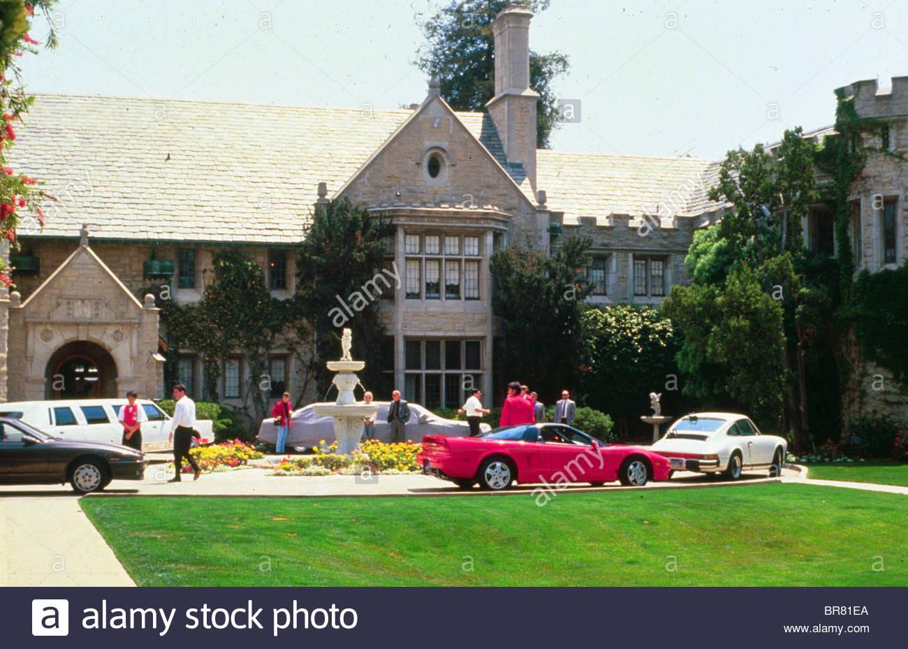 playboy mansion west home of hugh hefner california usa. Black Bedroom Furniture Sets. Home Design Ideas