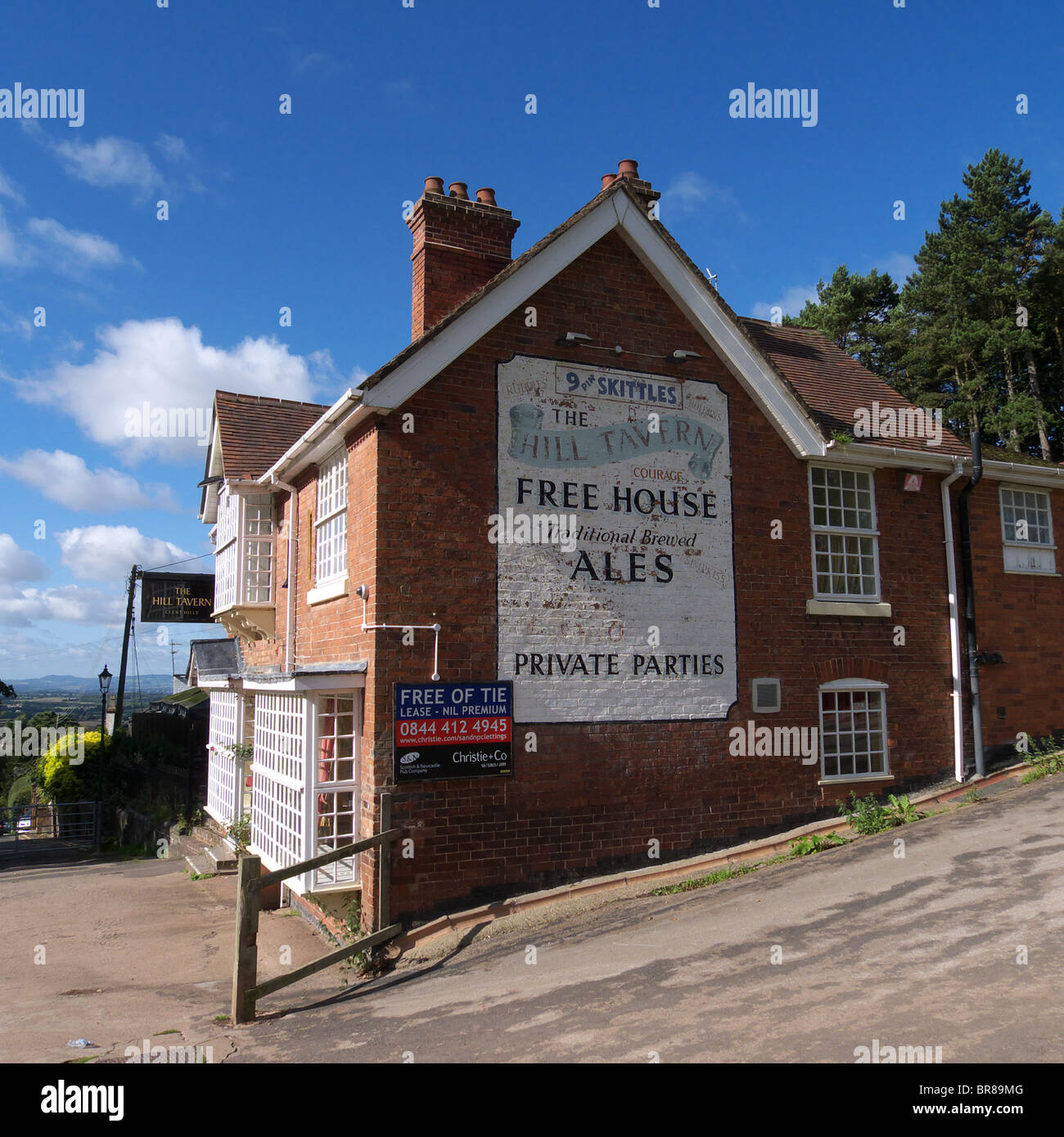 Public House trading as a Free House in Clent Village, Worcestershire, England, UK with its lease expired - Stock Image