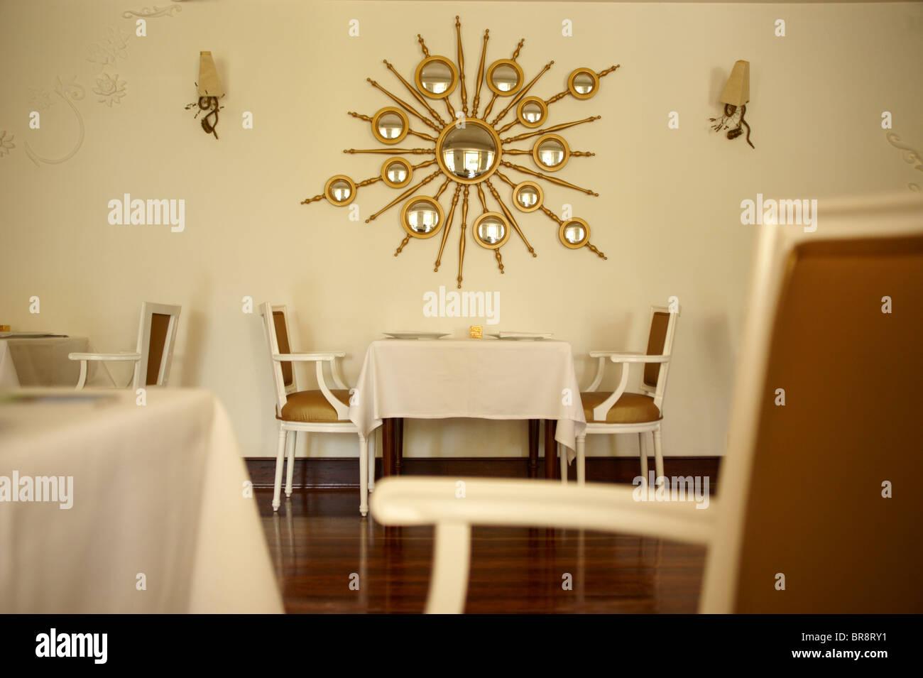Posh Restaurant Interior Stock Photos & Posh Restaurant Interior ...