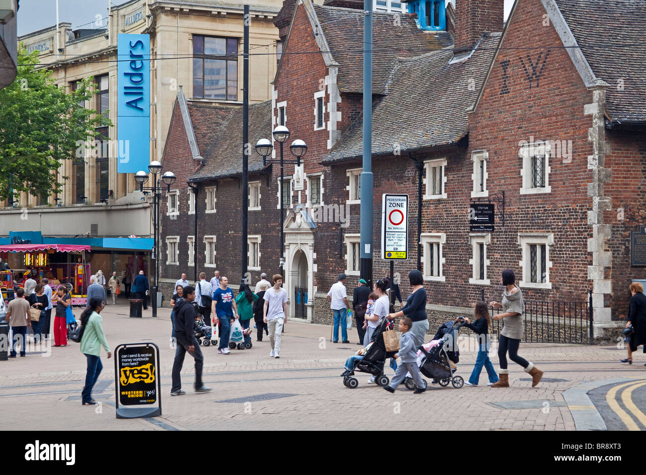 The shopping precinct, Croydon - Stock Image