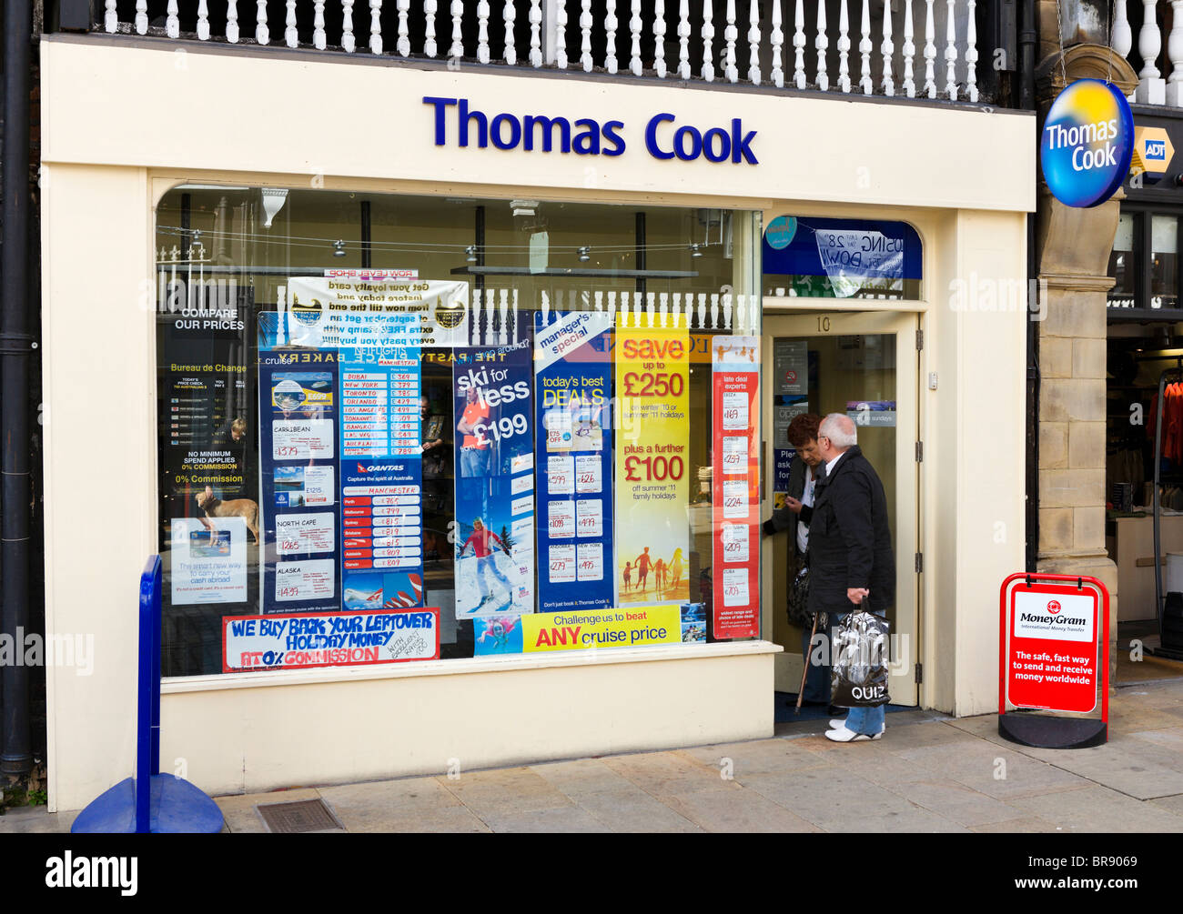 Thomas Cook high street travel agency in Chester town centre, Cheshire, England, UK - Stock Image