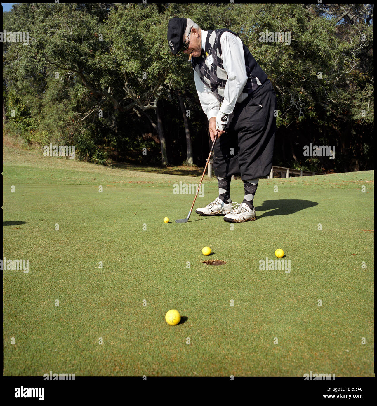 d6894e4ad3e Golf Plus Fours Stock Photos   Golf Plus Fours Stock Images - Alamy