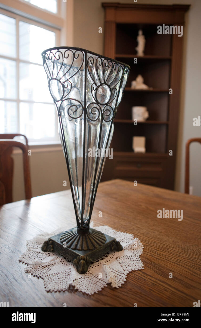 Art Deco Vase High Resolution Stock Photography And Images Alamy
