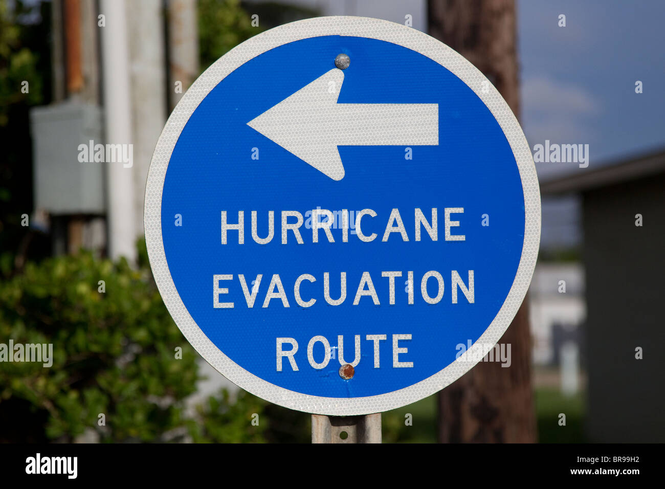 Hurricane Evacuation Route sign in blue - Stock Image