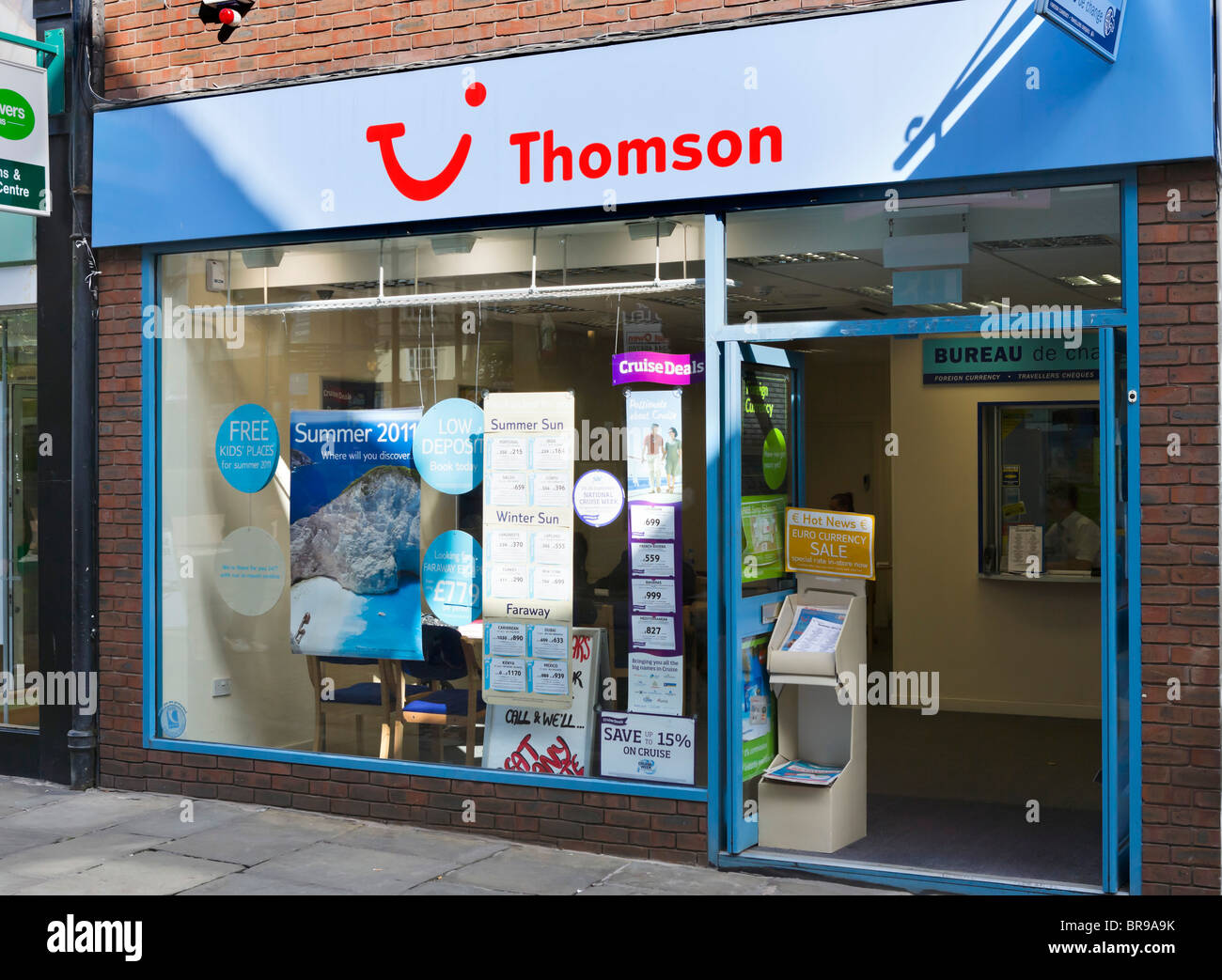 Thomson high street travel agency in Chester town centre, Cheshire, England, UK - Stock Image