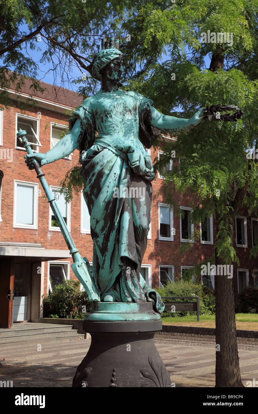 Die Kilia-Figur war frueher Teil des Kilia-Brunnens und steht heute im Bereich Daenische Strasse Schlossgarten, - Stock Image