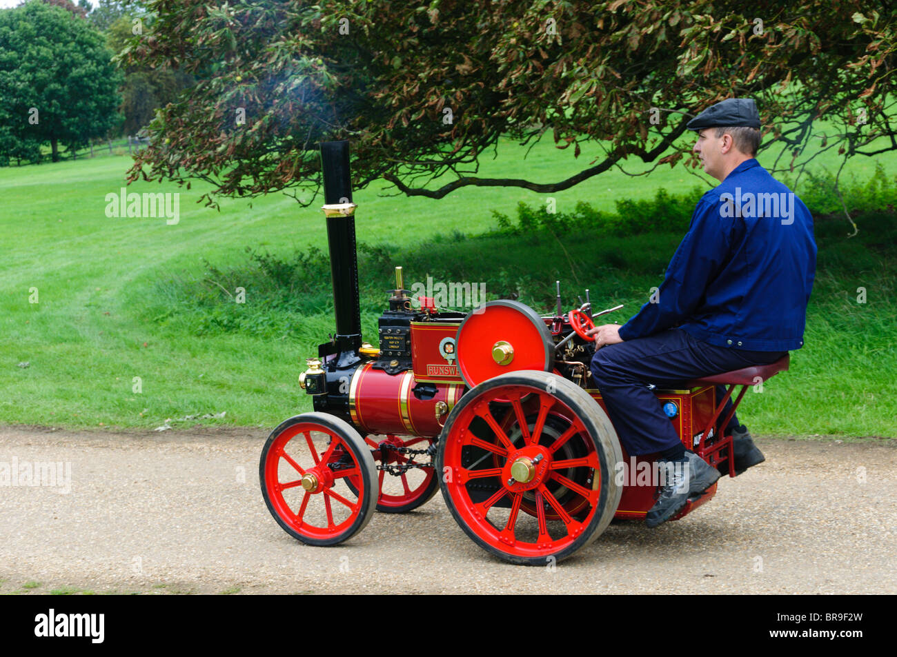 A Ruston Proctor scale model traction engine at the Sandringham Game & Country Fair. - Stock Image