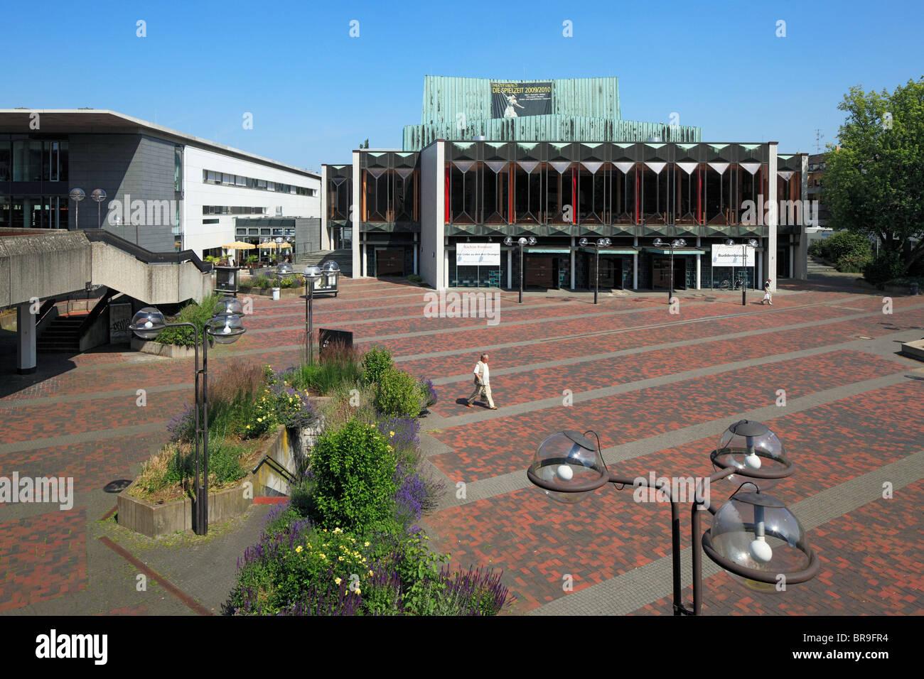 Stadttheater auf dem Theaterplatz in Krefeld, Rhein, Niederrhein, Nordrhein-Westfalen Stock Photo