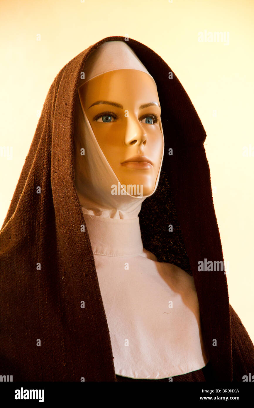 Model of Mary Mackillop depicting her role as an educator in Penola South Australia - Stock Image