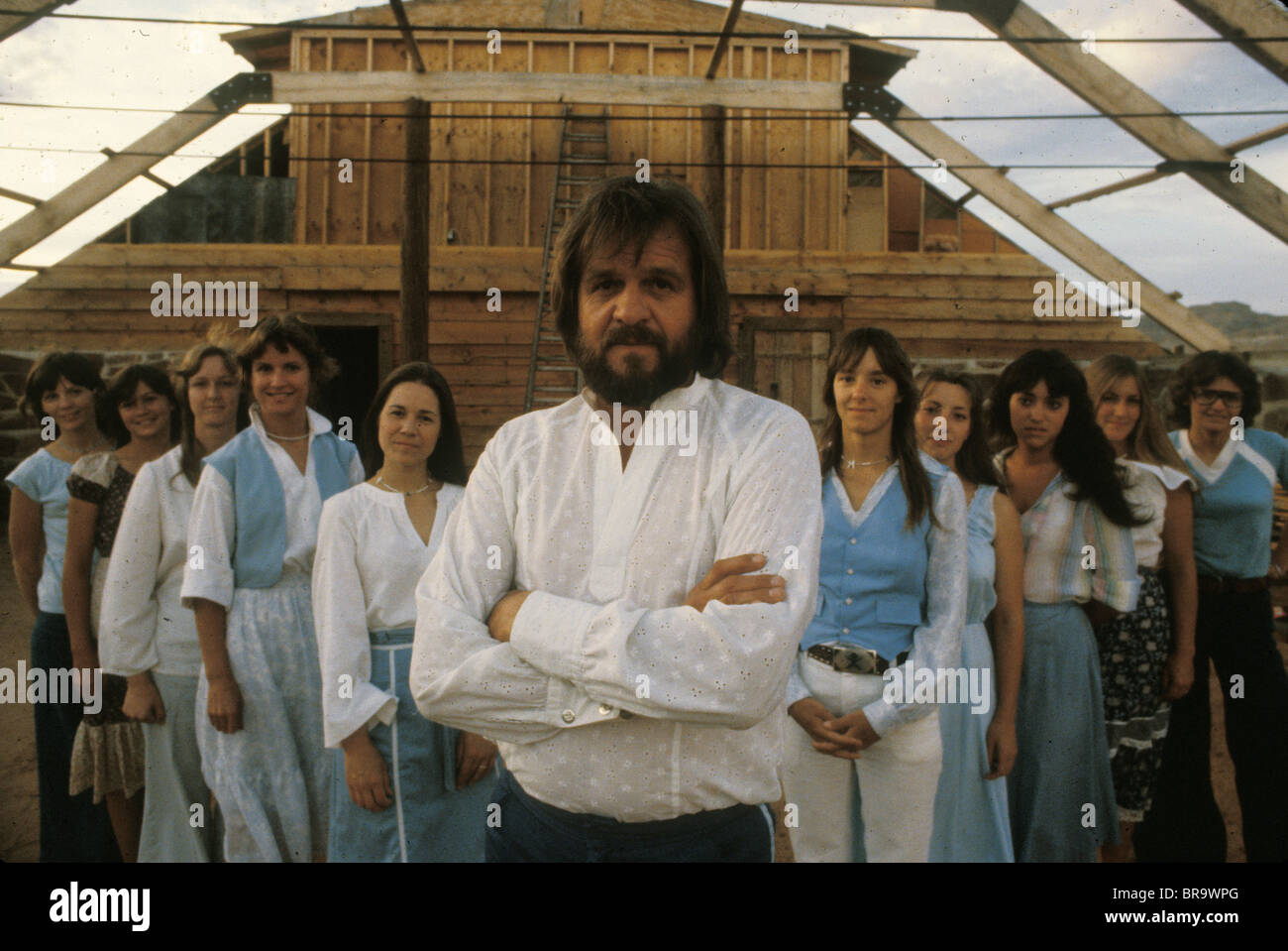 Polygamist Alex Joseph and his wives at home on Nevada Utah border in late 1970s, USA - Stock Image