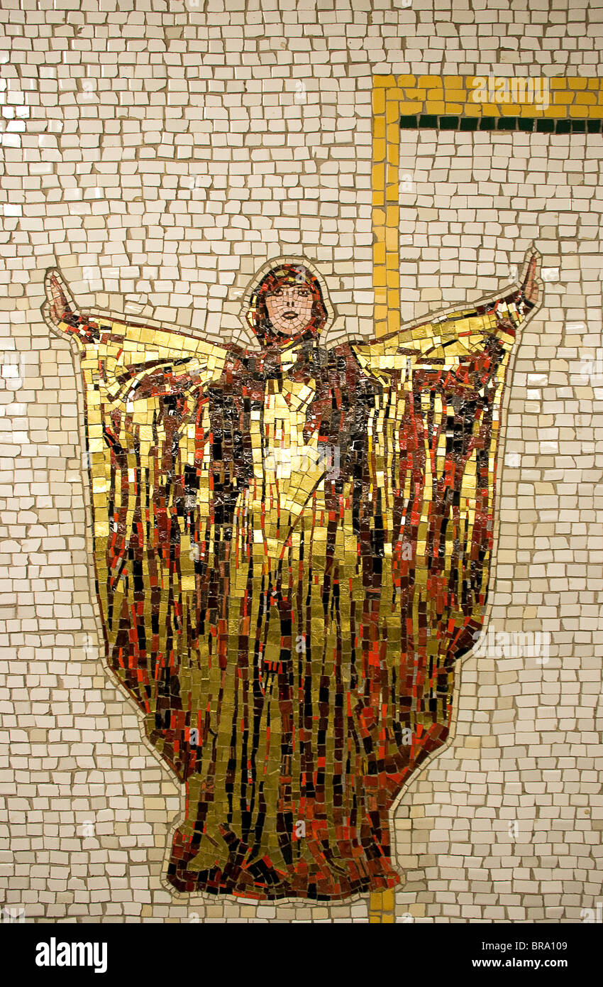 Subway mosaic art Diva created by Nancy Spiro from gold and color tile - Stock Image