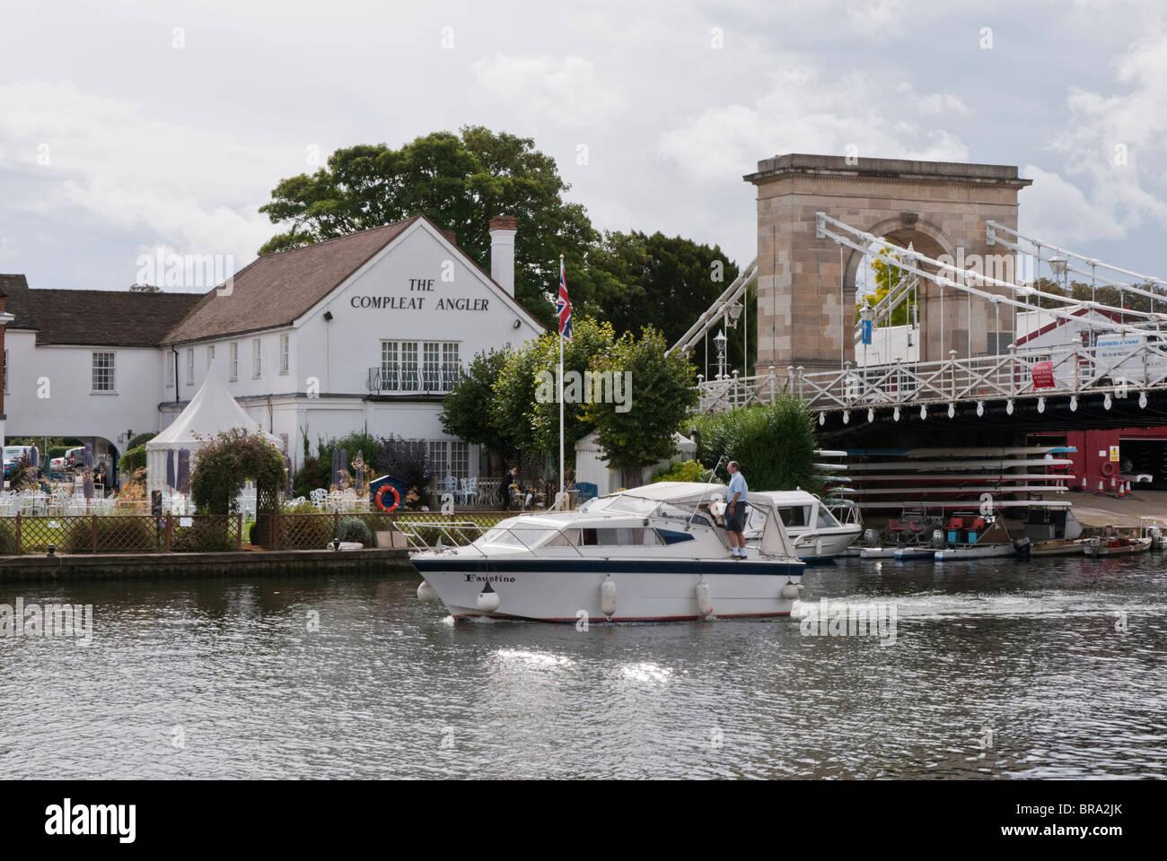 Compleat Angler Hotel In Marlow Buckinghamshire Uk