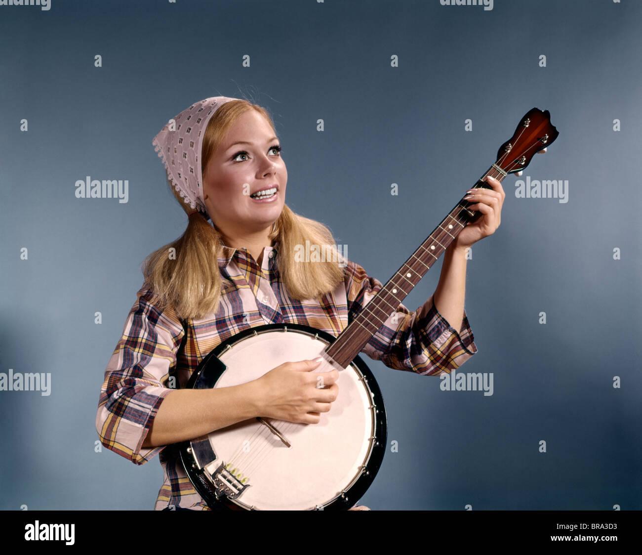 Amateur mature woman playing