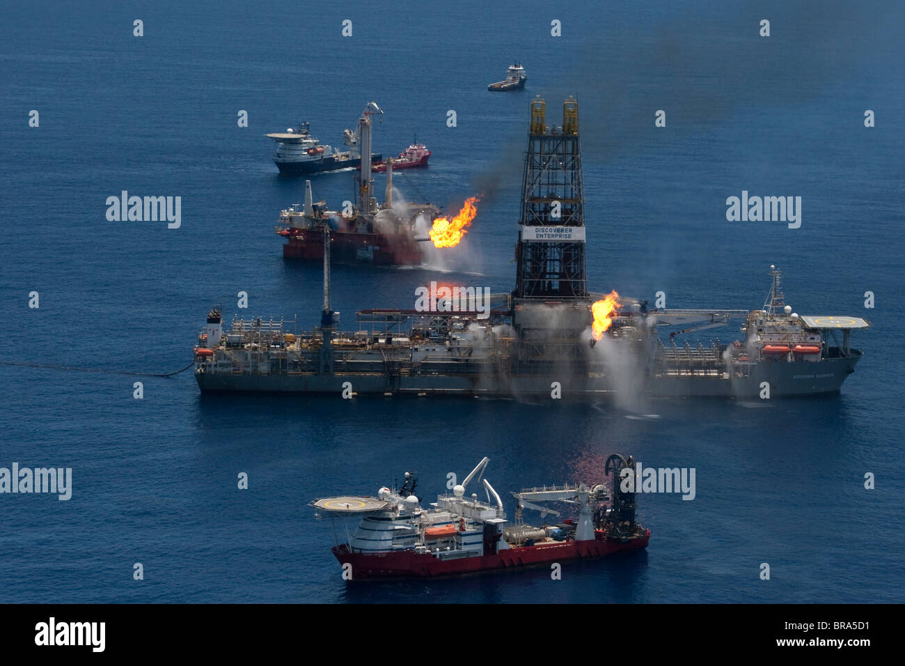 Drilling ships at the site of the BP Deepwater Horizon oil