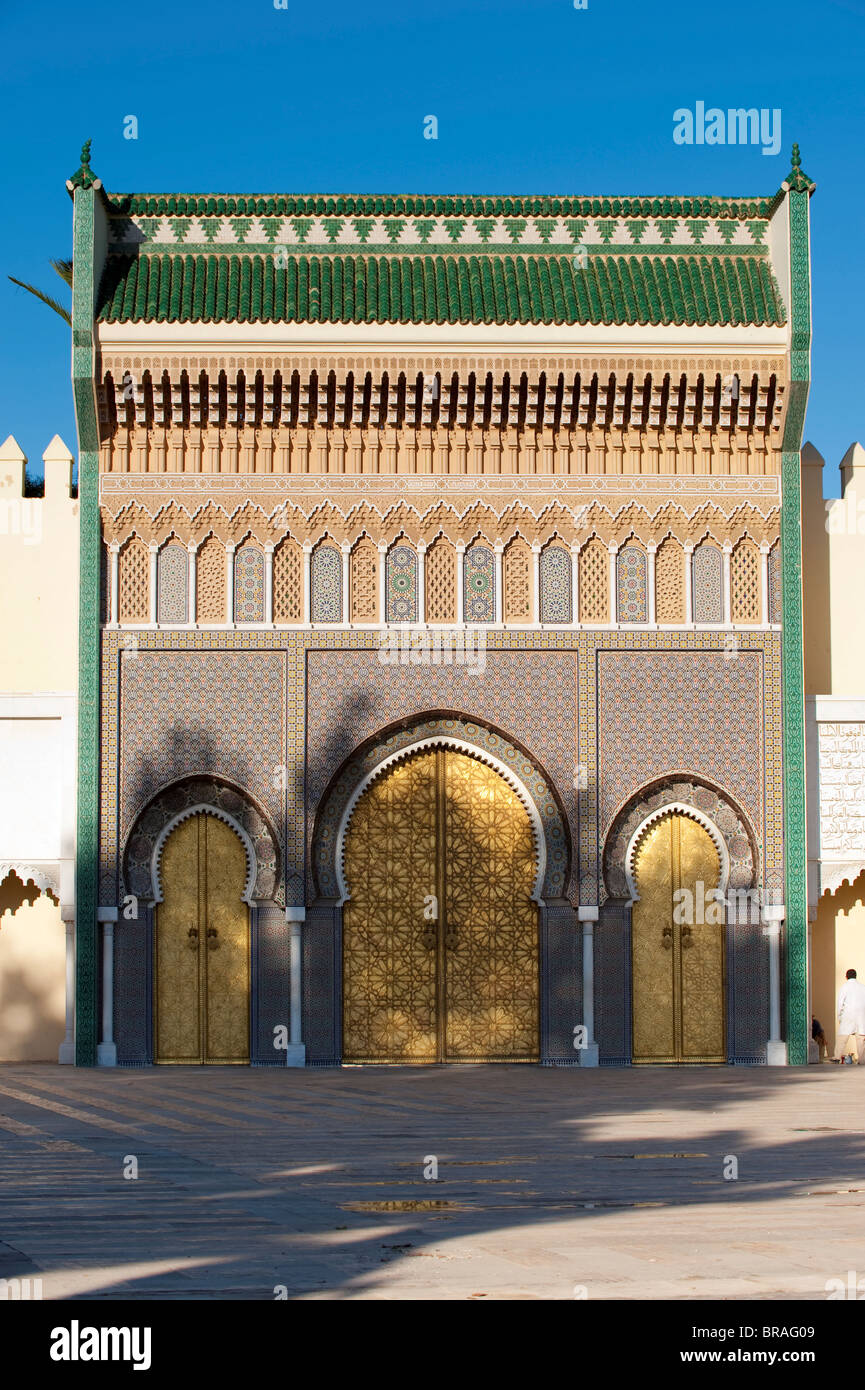 Ornate bronze doorway, Royal Palace, Fez el-Jedid, Fez, Morocco, North Africa, Africa - Stock Image