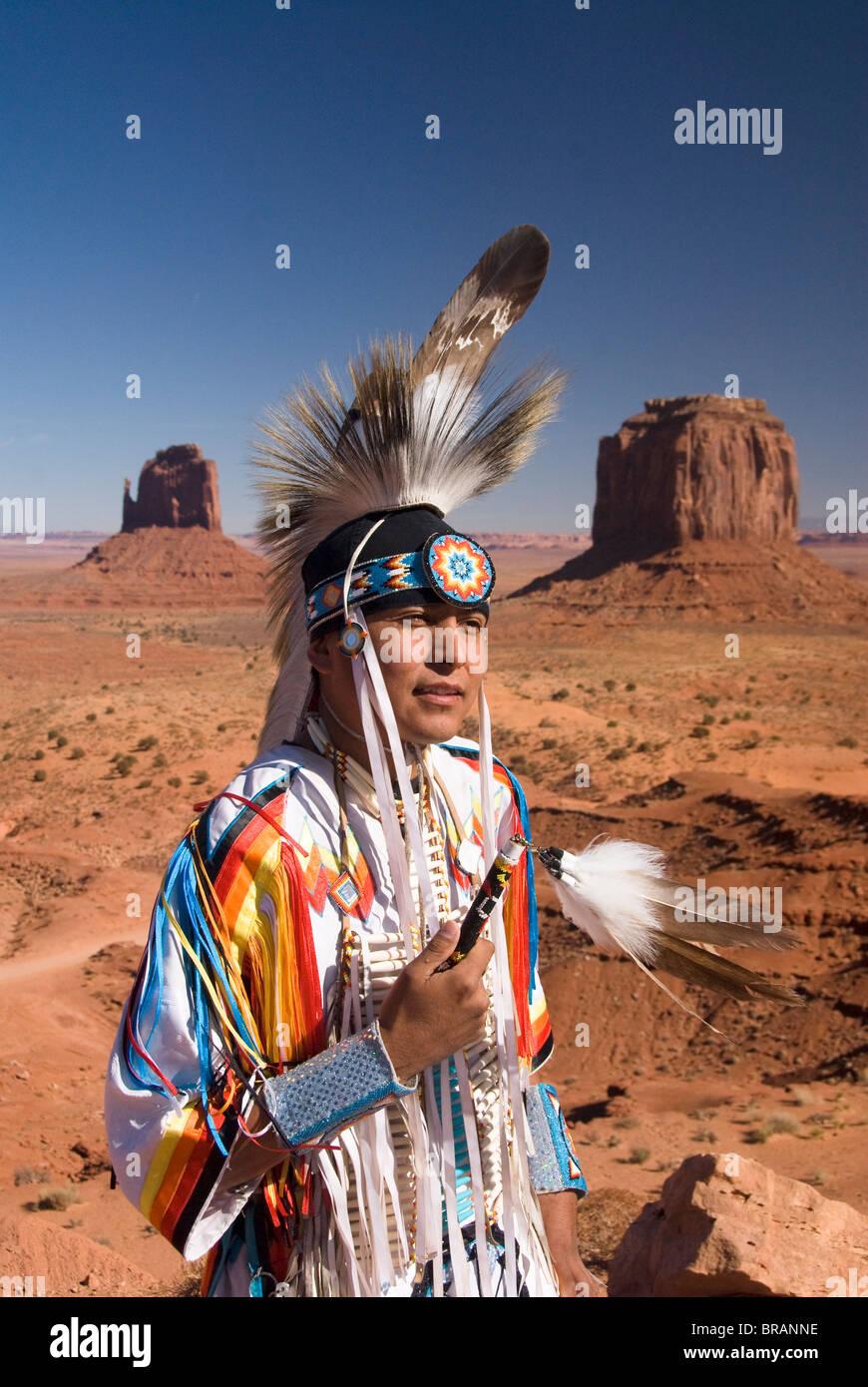 Navajo man in traditional costume, Monument Valley Navajo Tribal Park, Arizona, USA - Stock Image