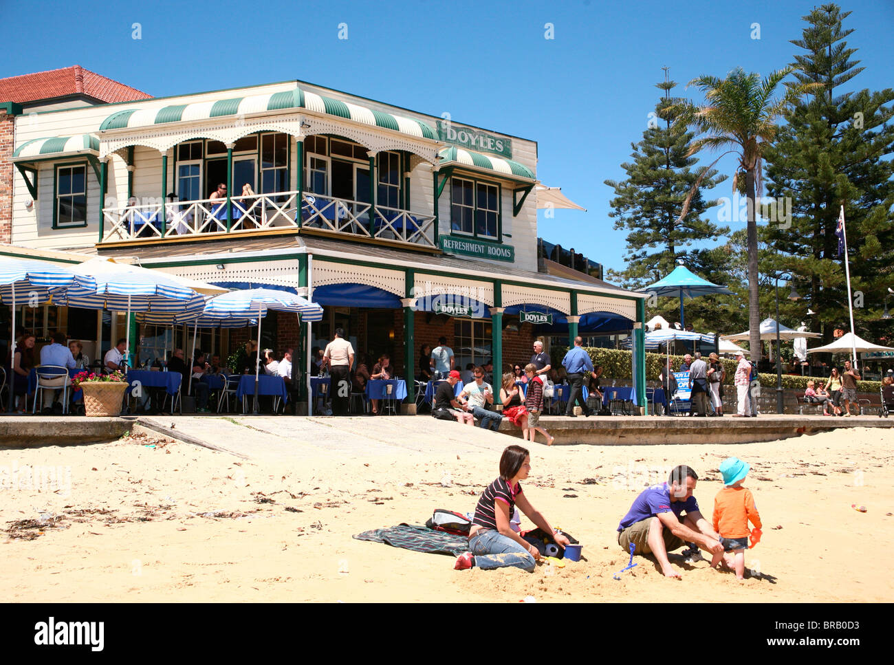 Doyles seafood Watsons Bay restaurant beach family traditional famous fish Sydney Australia sandy lunch - Stock Image