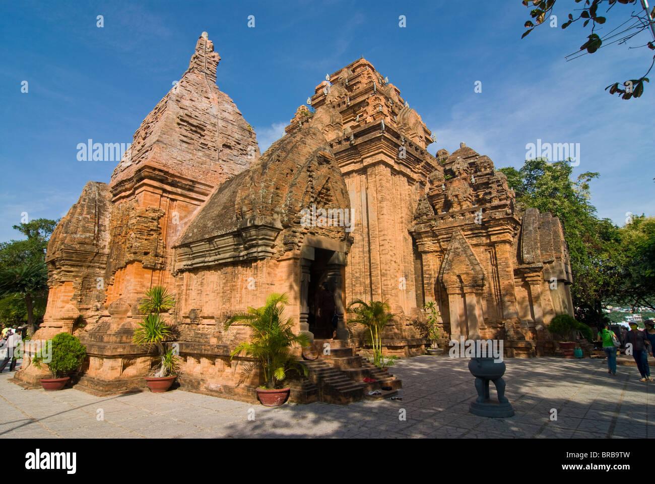 Po Nagar Cham Towers, Nha Trang, Vietnam, Indochina, Southeast Asia, Asia - Stock Image