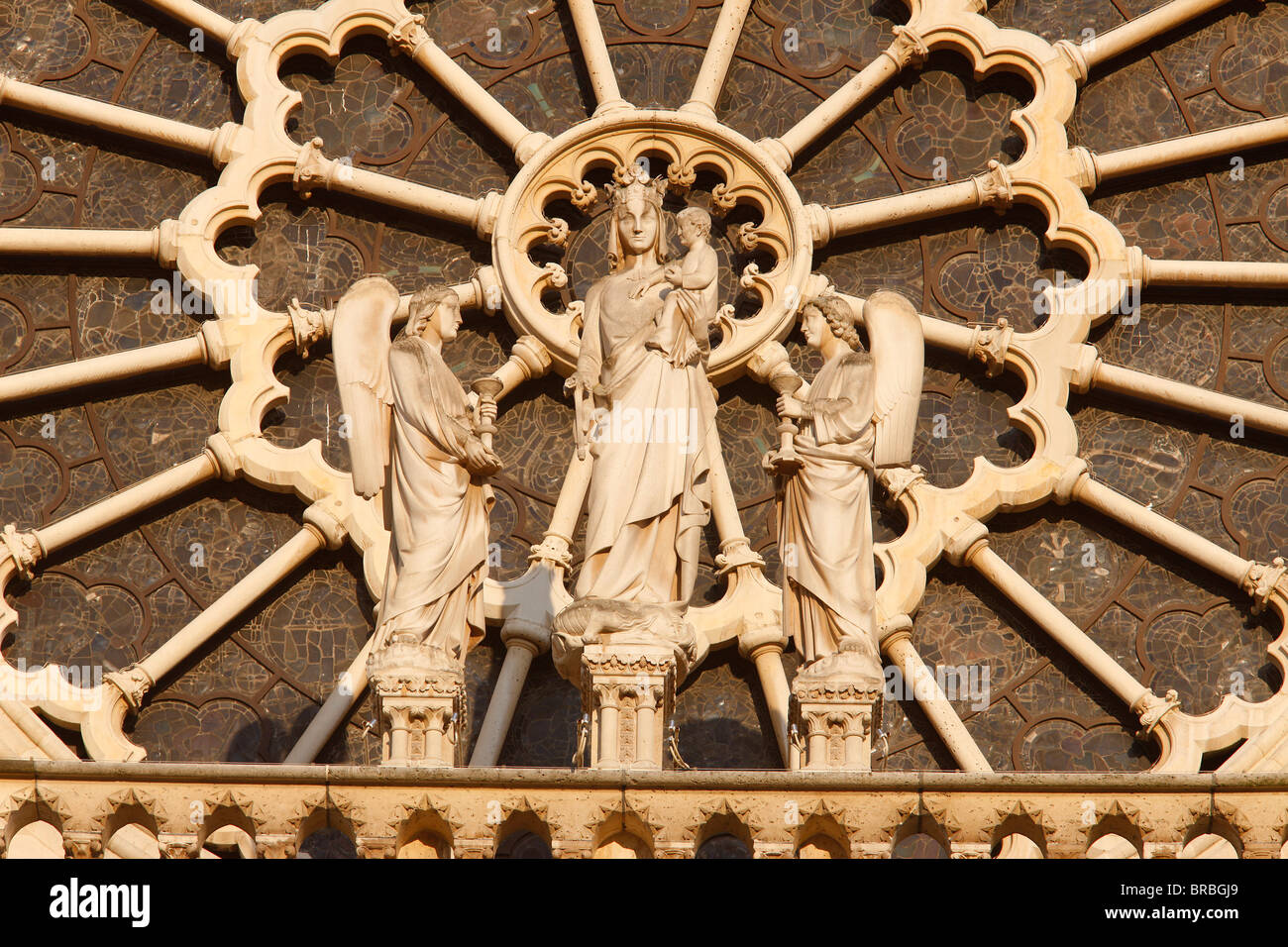 Virgin and Child and angels west front, Notre Dame Cathedral, UNESCO World Heritage Site, Paris, France Stock Photo
