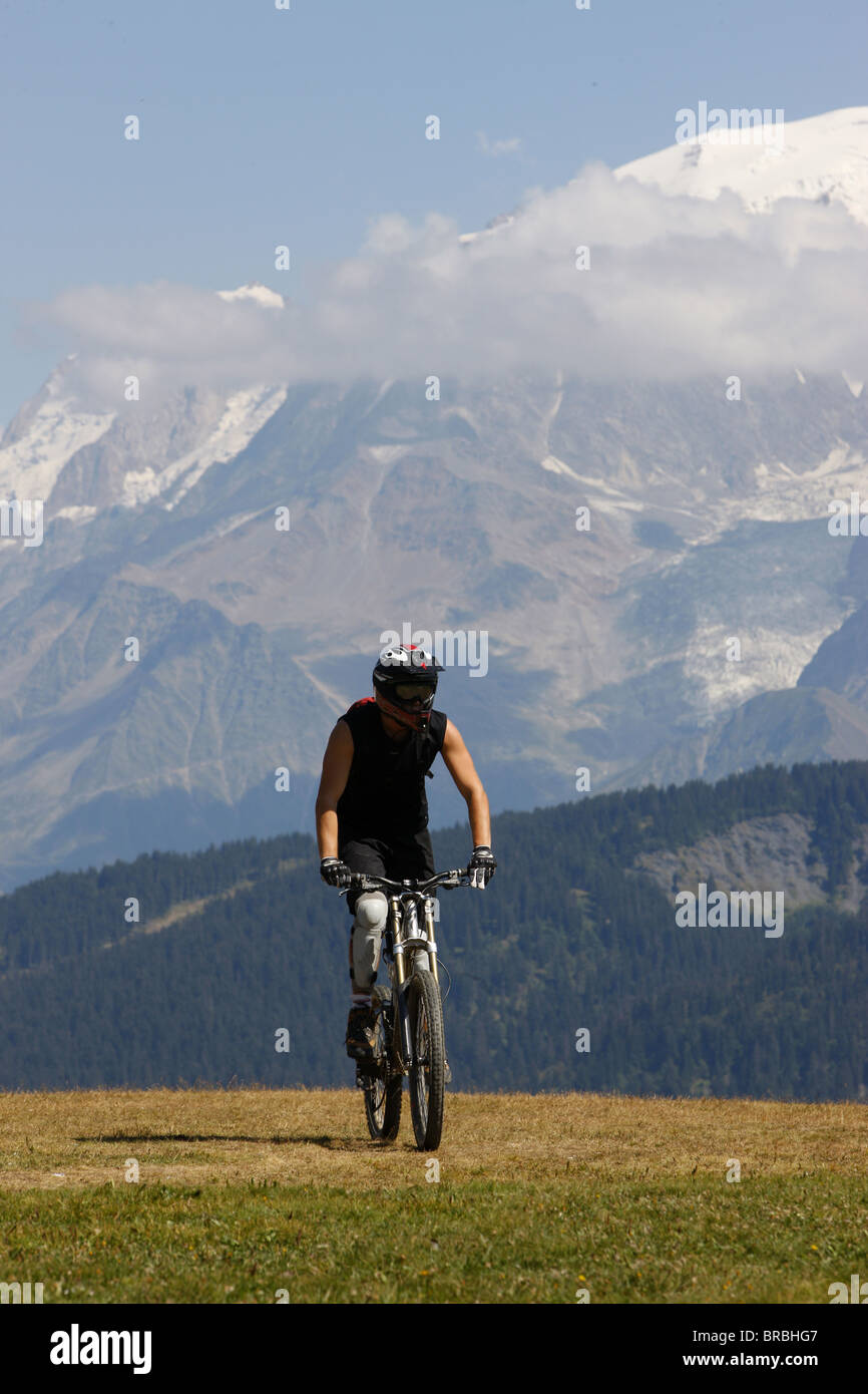 Mountain bike in the French Alps, Megeve, Haute Savoie, France - Stock Image