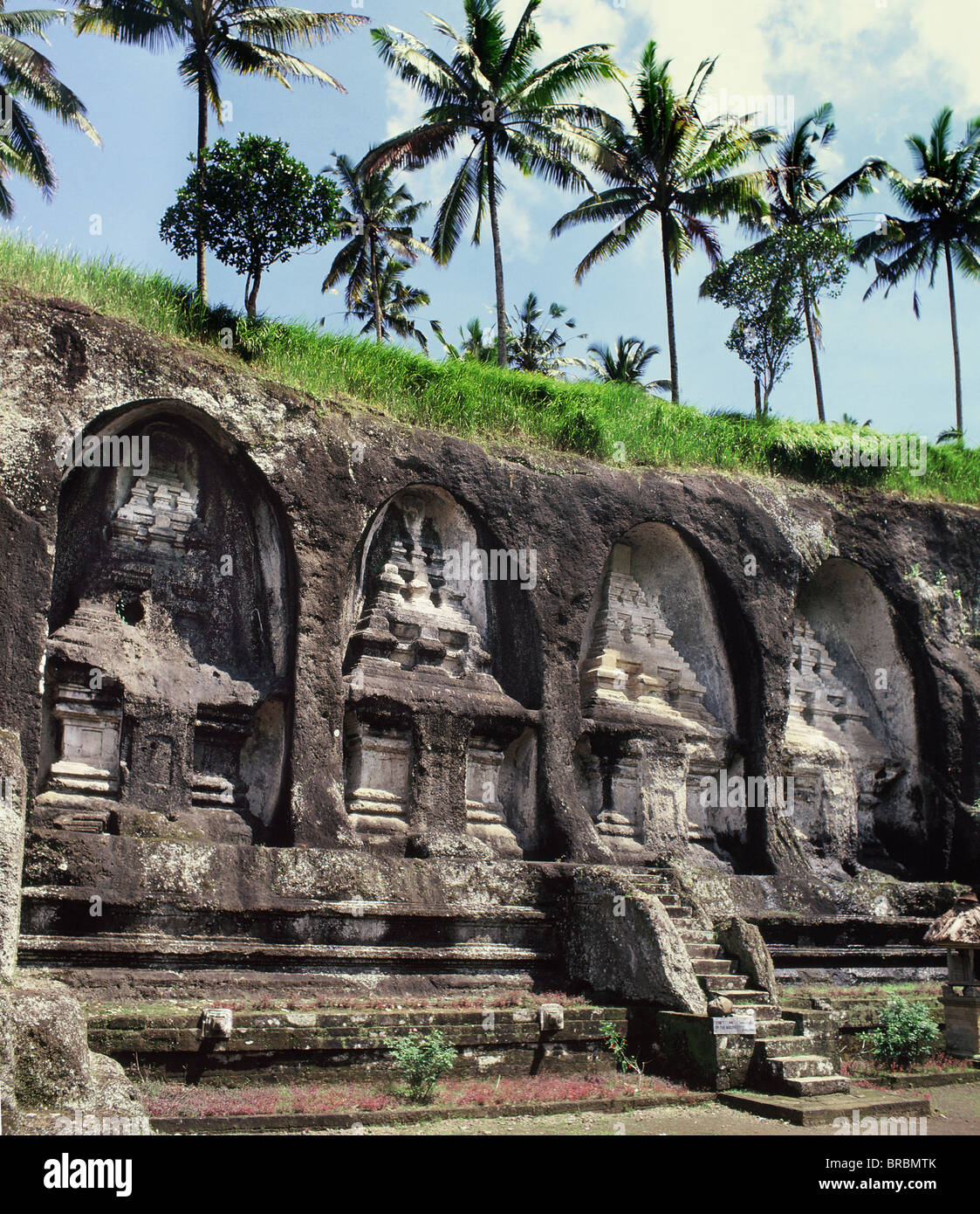Funeral temples cut into rock at Gunung Kawi, a complex of royal monuments from 11th century, Bali, Indonesia - Stock Image